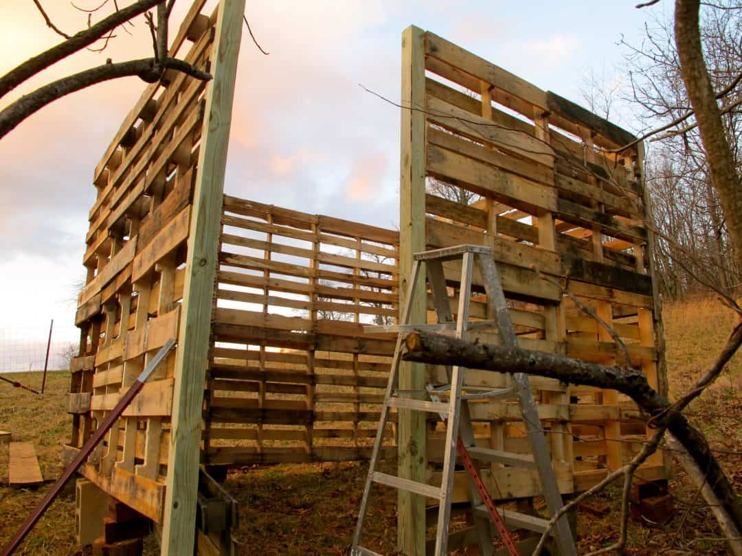 How to make a pallet barn the free range life for How to build a pallet building