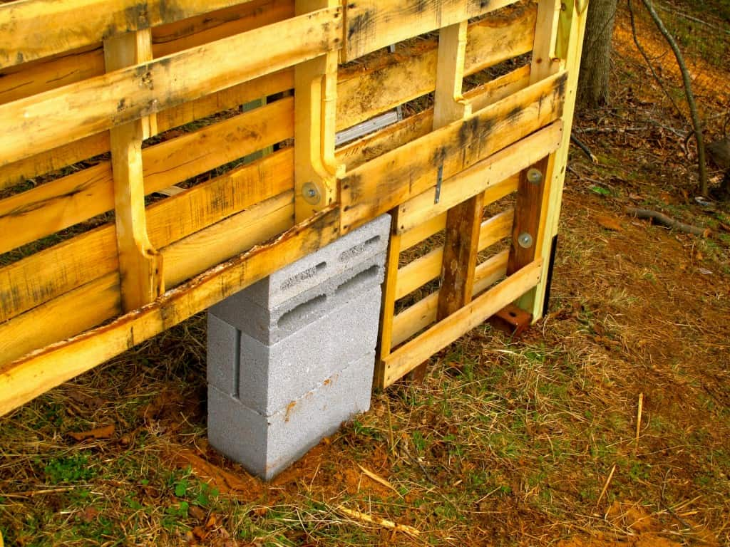 Learn how we made a 10x10 pallet barn for our goats. Make your own for your livestock or as a workshop or storage shed.