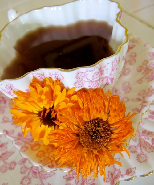 uses for calendula tea.jpg