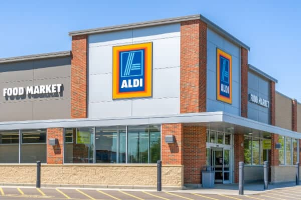 front of an Aldi discount grocery store