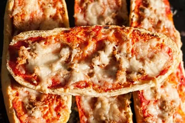 french bread pizza frugal meal