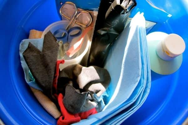 kidding kit bucket