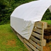 How to Make a Cheap Pallet Shelter